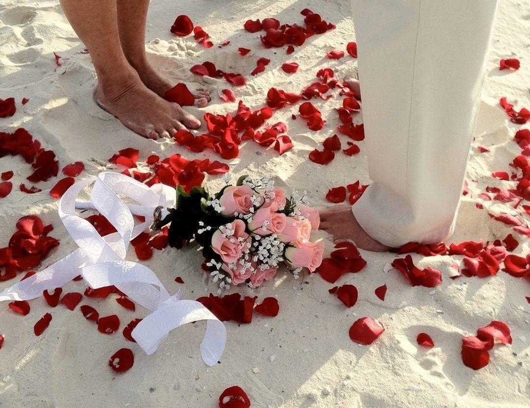 a beach wedding in alabama